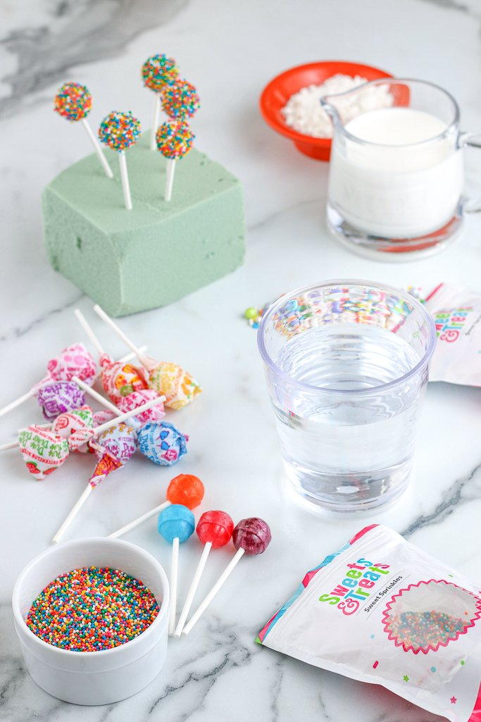 Now we add the ingredients for the birthday cake milkshakes, the next part of how to make freakshakes focuses on the ice cream!