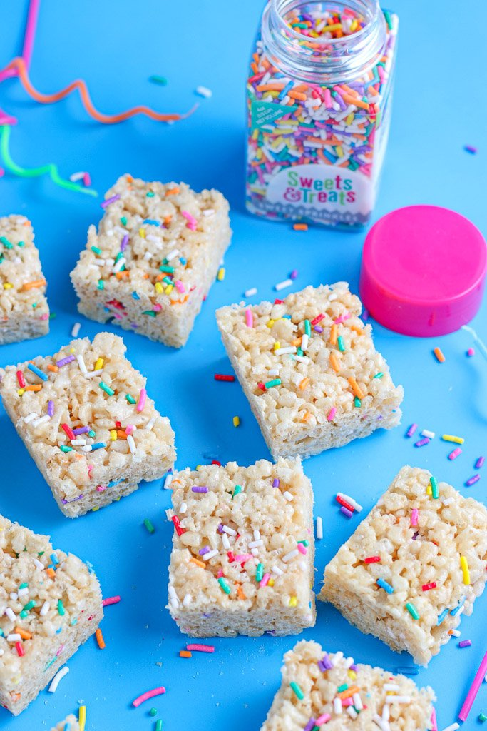 This is the finished look at the cake batter flavored rice krispie treats.