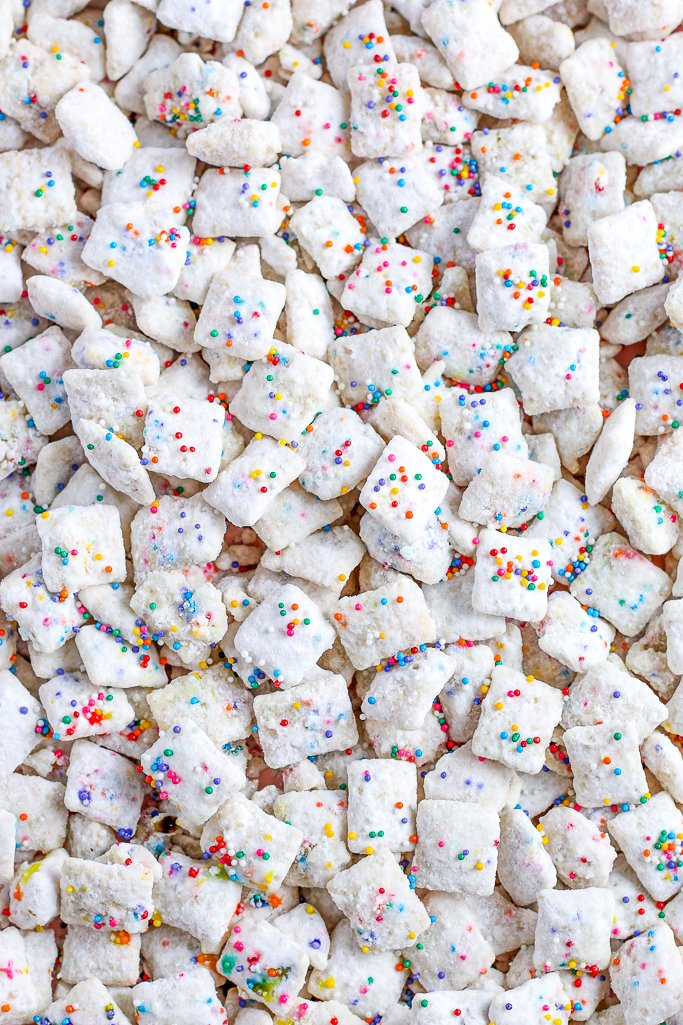 Here we have a top down look at the finished recipe for a puppy chow recipe with chex.