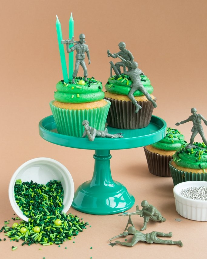 Army Birthday Party Ideas - Cupcakes with Army Men Toys