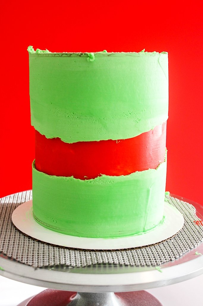 fault line cake with christmas icing before sprinkles are added
